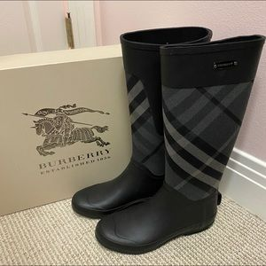 Burberry Clemence Rain Boots Size 37